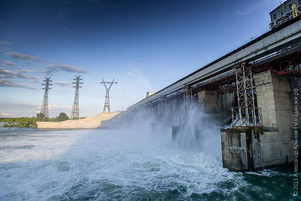 гидроэлектростанции сибири фото стоит