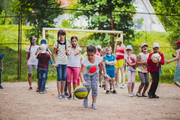 Предварительные итоги летнего сезона: более 137 000 детей побывали в оздоровительных лагерях